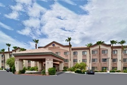 pet friendly hotel in indian wells